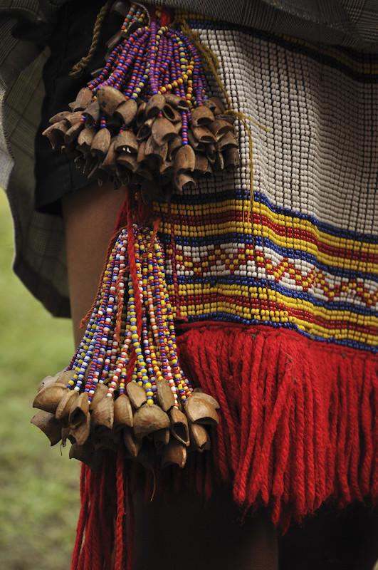 Detalhes da tanga feminina (''muwaaju''). Região de Auaris. TI Yanomami, Roraima. Edson Sato, 2010.