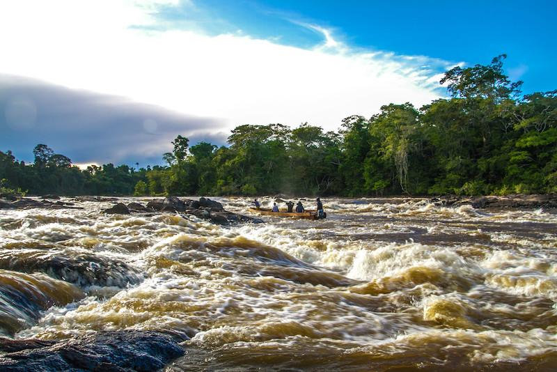 Rio Uraricoera, TI Yanomami, Roraima. Guilherme Gnipper Trevisan, 2014.
